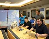 equipo de Google Street View en Cambridge bay