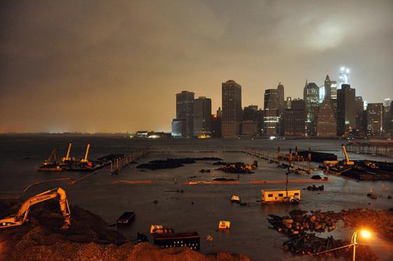 Brooklyn Bridge Park inundado