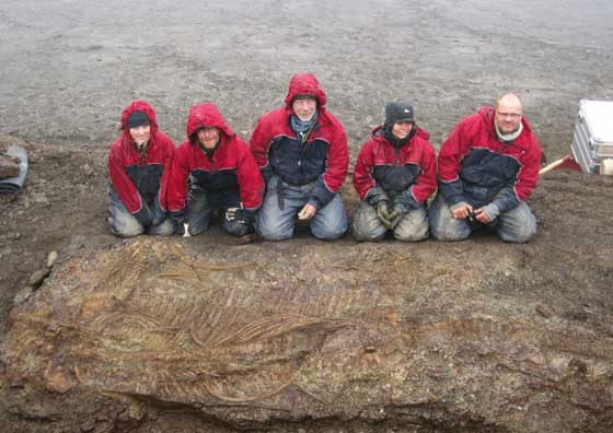 equipo descubridor del Cryopterygius kristiansenae
