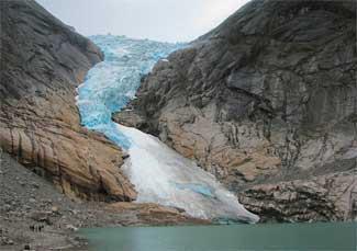 retroceso del glaciar Briksdalsbreen - Noruega, en 2009