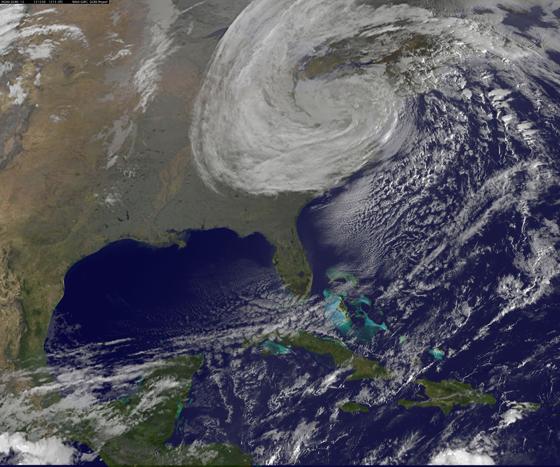 Sandy desde satélite el día 30-10-2012 a las 11:45