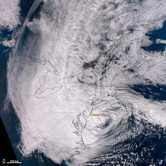 El huracán Sandy justo antes de tocar tierra en New Jersey