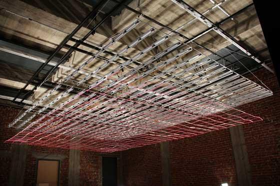 techo que imita el movimiento de las olas