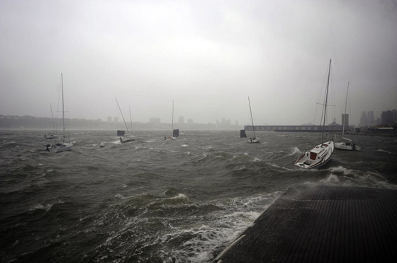 veleros en el río Hudson, New York 30-12-2012
