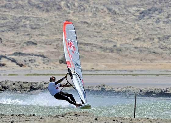 Antoine Albeau récord mundial de velocidad de windsurf masculino