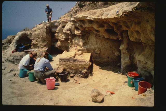 excavación en Akrotiri