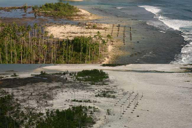 isla de Nias, Sumatra - Indonesia, antes y después del terremoto de 2005