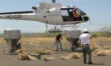 operación matarratas en las islas Galápagos, carga de helicóptero