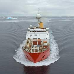 RRS James Clark en el Mar de Ross