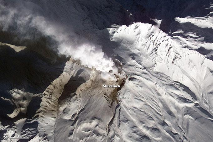 erupción del volcán Shiveluch enero 2013