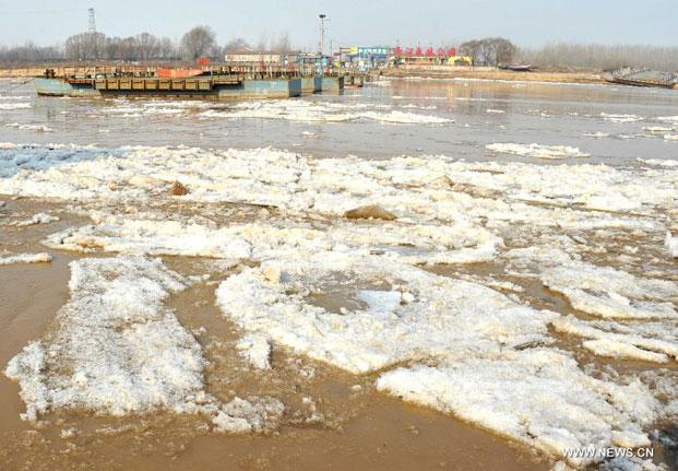 hielo en un río de China
