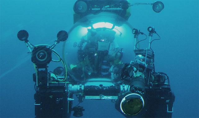 submarino para filmar al calamar gigante