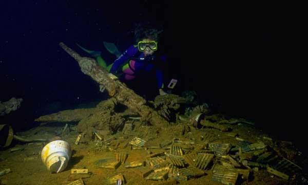 balas en el fondo del Chuuk Lagoon