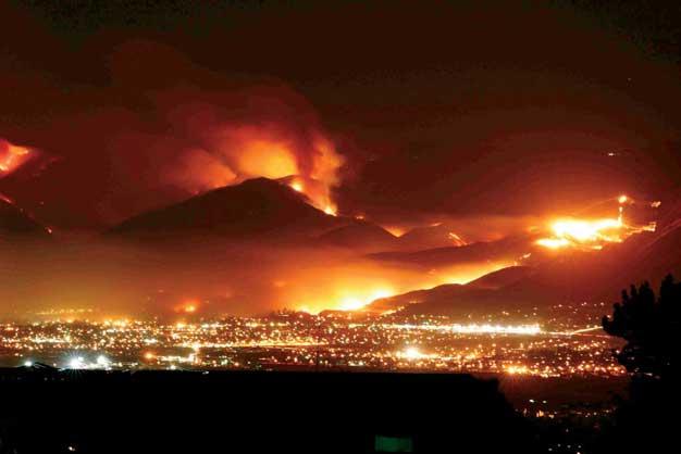 incendios en California durante la noche