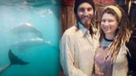 pareja que hará un parto asistido por delfines