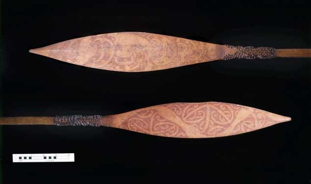 remos maories entregados al capitán Cook