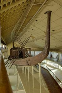primer barco solar del faraón Khufu