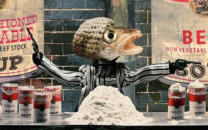 cadena de produccioón hecha con cabezas de pescado