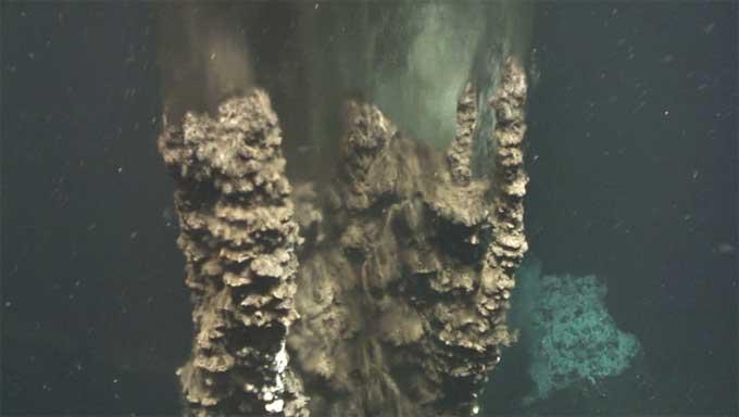 chimenea hidrotermal en el Castillo de Loki, Noruega