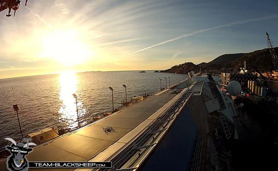 crucero Costa Concordia sobrevolado por un drone
