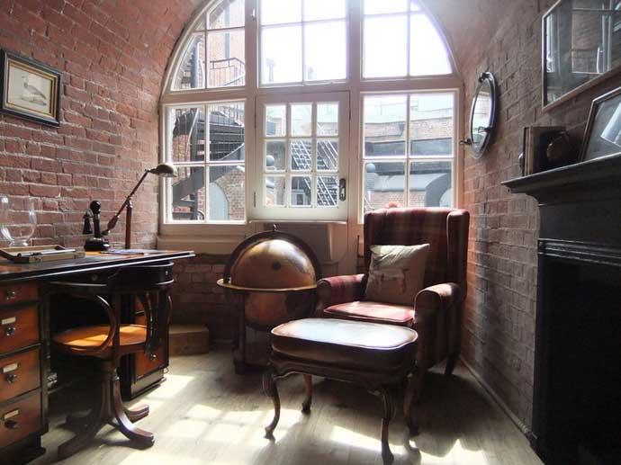 Hotel fortaleza Spitbank, biblioteca estudio