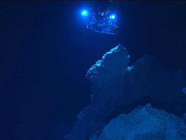 respiraderos hidrotermales en la 'Ciudad Perdida' del Atlántico