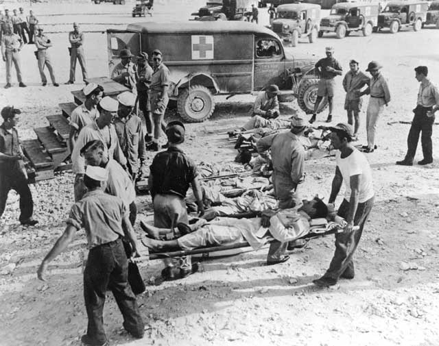 sobrevivientes del USS Indianapolis en la isla de Guam