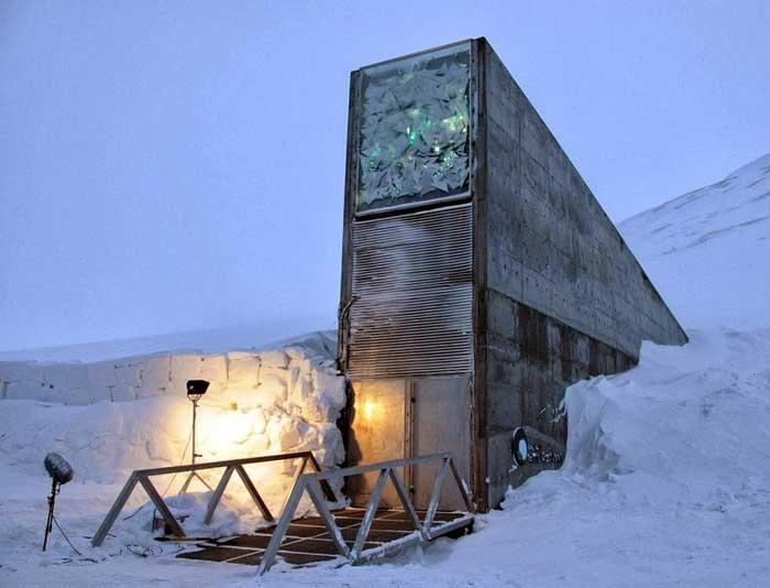Bóveda Global de Semillas de Svalbard, entrada