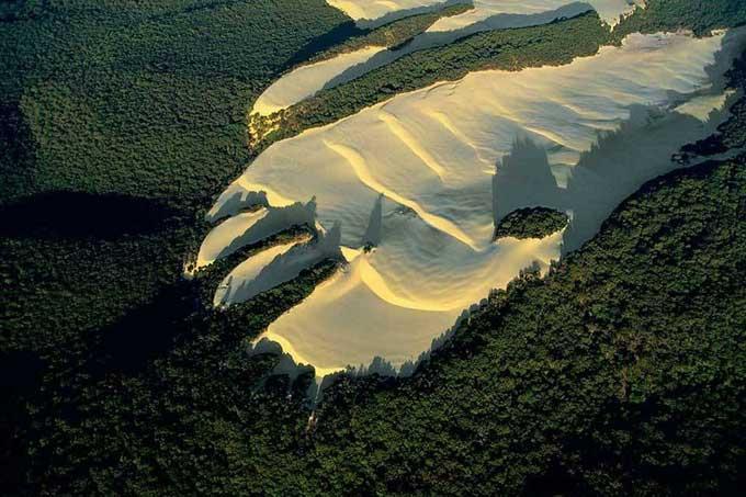 dunas de arena de la isla Fraser, Australia