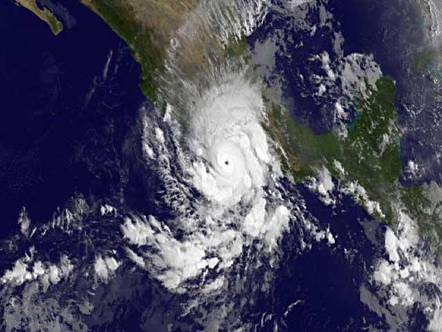 huracán Raymond desde satélite 21-10-2013