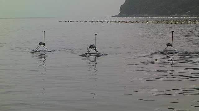 pruebas de JEROS, el robot mata medusas