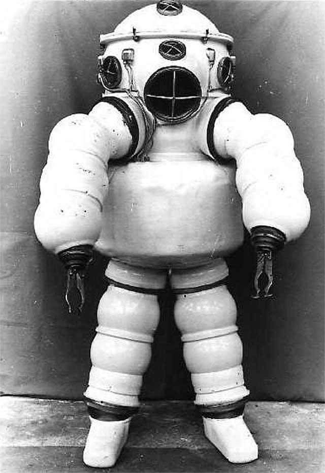 traje de buceo de Neufeldt-Kuhnke, 3º