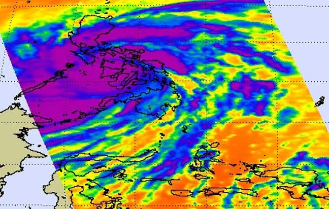 Temperatura nubes Haiyan 8-11-2013
