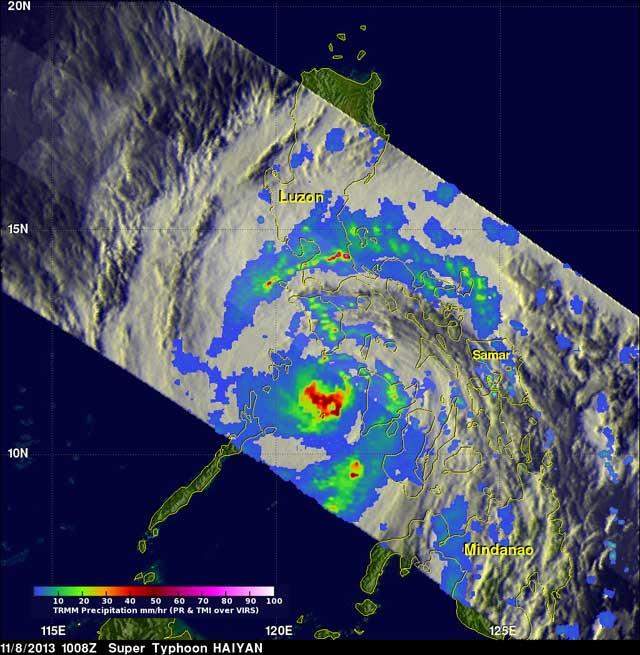 El súper tifón Haiyan sale de Filipinas 8-11-2013