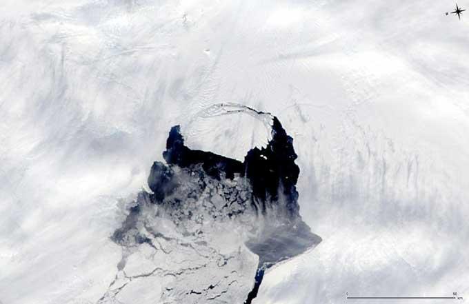 Nacimiento de un iceberg en el glaciar Pine Island