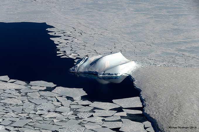 icebergs en McMurdo, Antártida