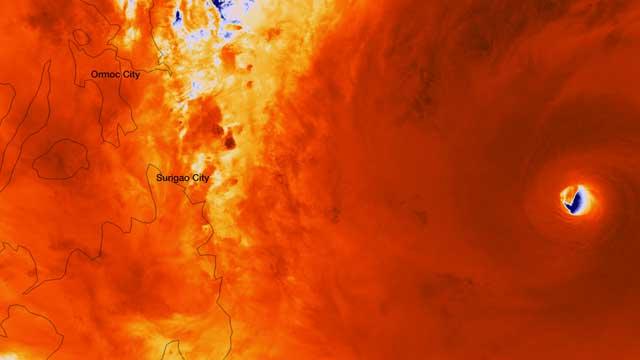 ojo del súper tifón Haiyan visto desde el satélite Suomi NPP