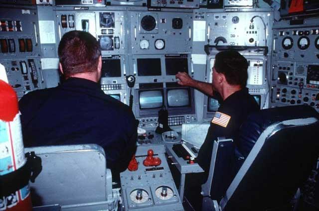 interior del submarino nuclear NR-1