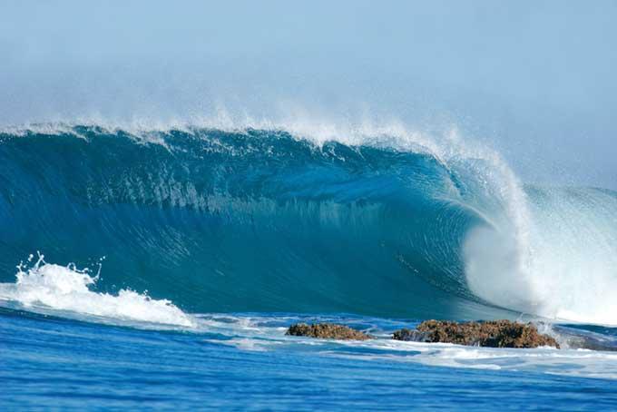 Vaticinan gigantescos tsunamis en Hawái