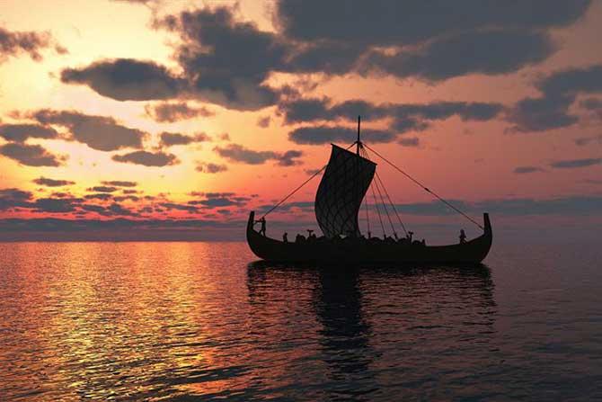 barco vikingo navegando en el crepúsculo