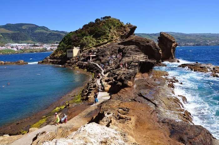 camino en el Islote de Vila Franca do Campo, Azores