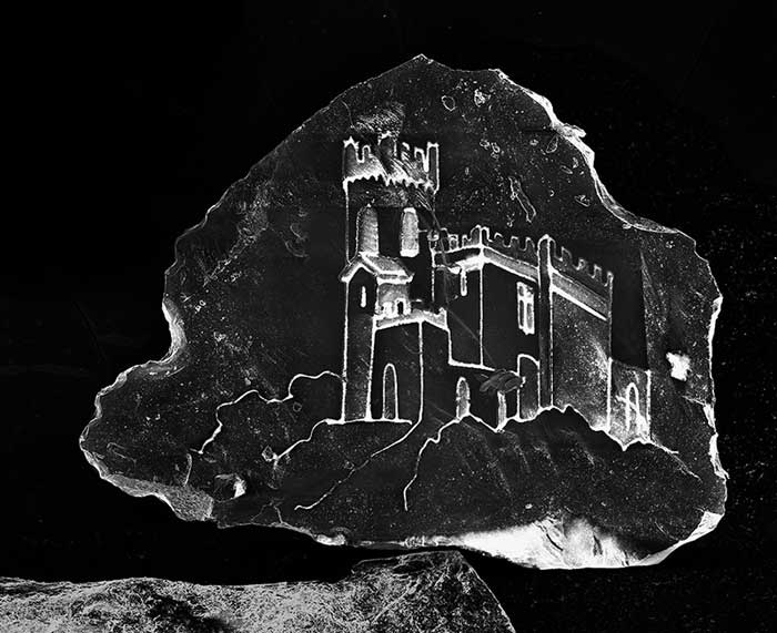 castillo en un grano de arena por Vik Muniz y Marcelo Coelho