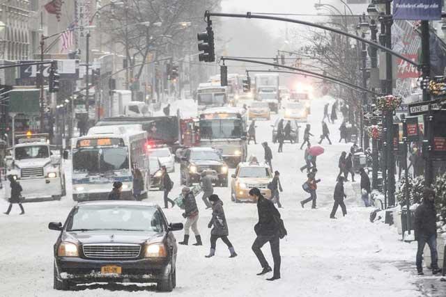 tormenta de nieve en Estados Unidos, calle de Nueva York
