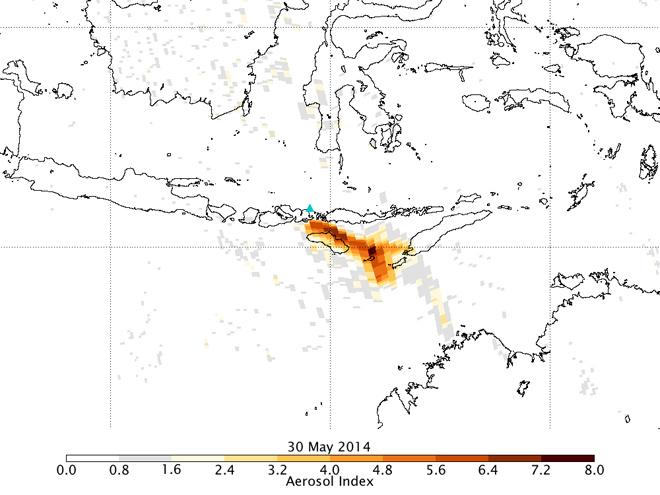 aerosoles por la erupción del volcán Sangeang Api, Indonesia