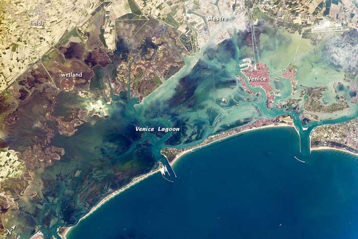 laguna de Venecia desde el espacio