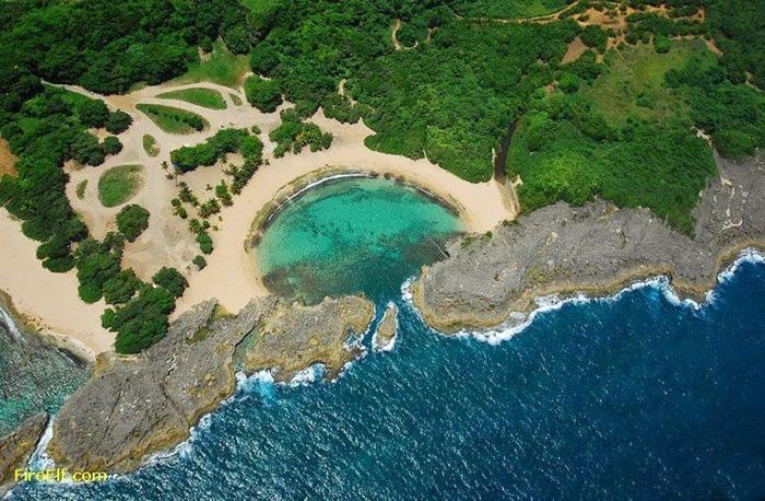 Playa Mar Chiquita, Puerto Rico, desde el aire