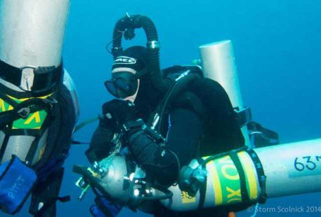 Will Goodman durante el récord de buceo profundo