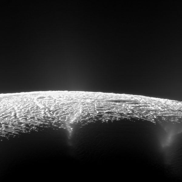 géiseres en Encelado