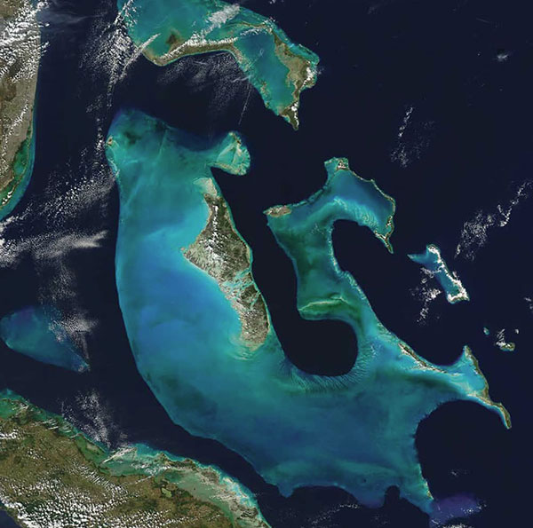 Grand Bahama Bank desde satélite