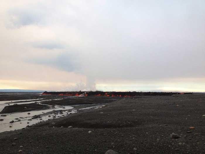 La lava de Holuhraun alcanza el río glacial Jökulsá á Fjöllum
